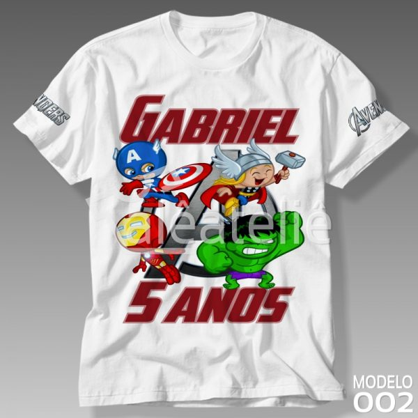 Camiseta Vingadores Aniversário